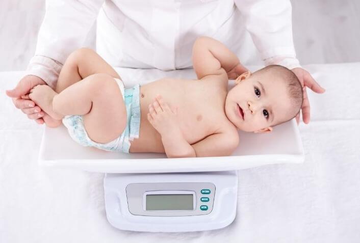 Как выбрать детские весы напрокат?