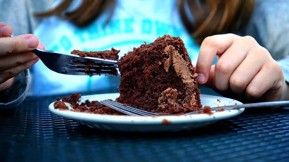 Як строгі дієти стають причиною набору ваги